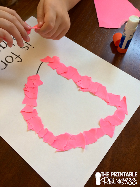 Help your preschool and Kindergarten classroom & homeschool students in developing their fine motor skills with the many great ideas included at this blog post! You