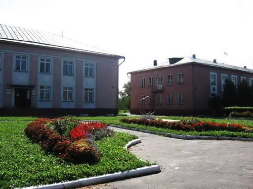 Здания ЗАГСа, отдела культуры и администрации района